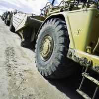 military vehicle picture